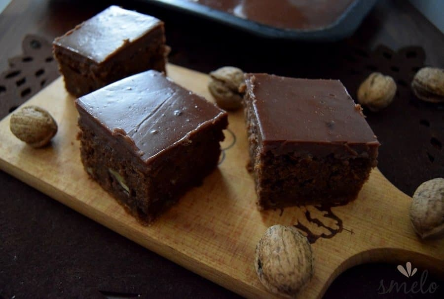 tekvico-orechový-koláč-min