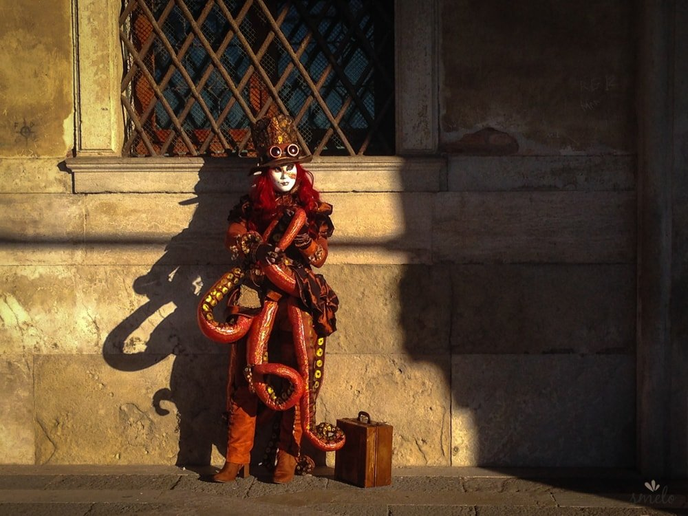 Benatsky_karneval_maska