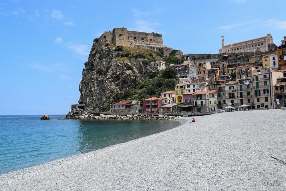 Plaz_mesta_scilla-v-talianskej_kalabrii