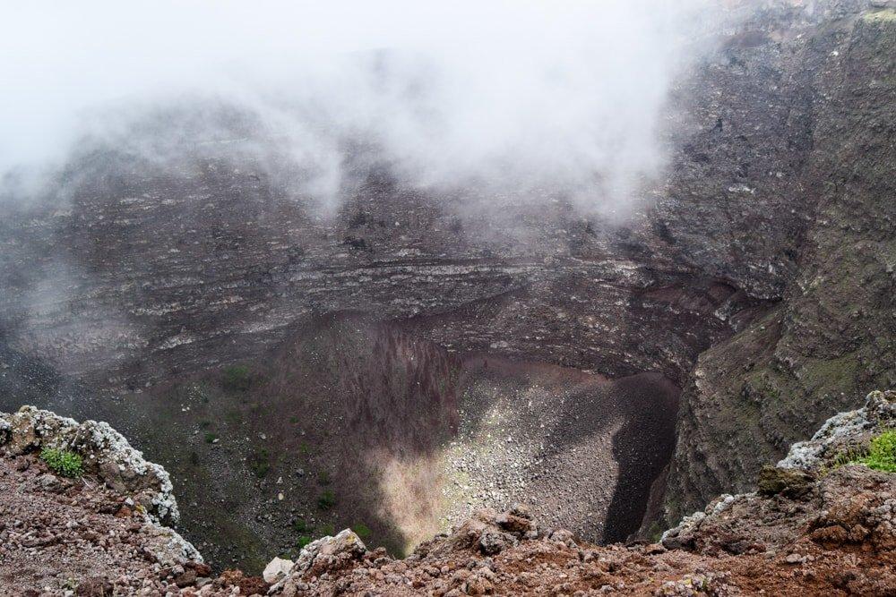 krater_vezuv_sopky_Taliansko