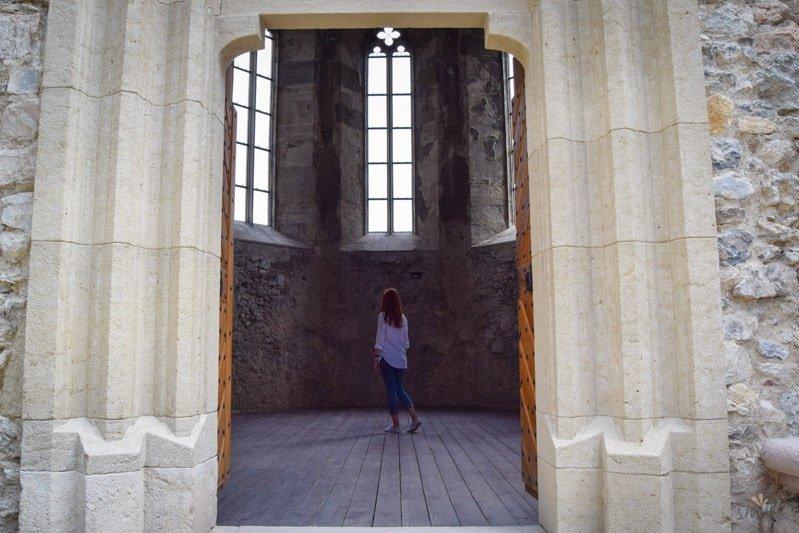 hrad_beckov_kam_na_vylet