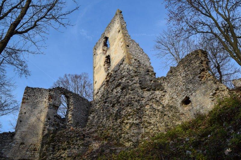 hrad_dobra_voda_slovensko