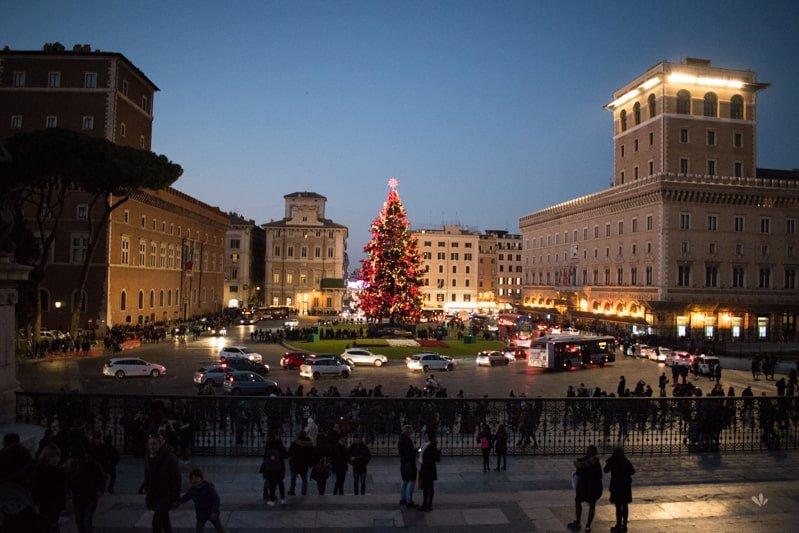 piazza_venezia_christmas_rim
