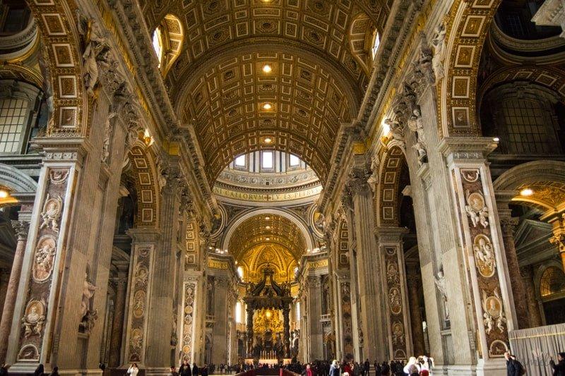 bazilika_sv_petra_vo_vatikane