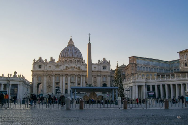 namestie_sv.Petra_vo_vatikane