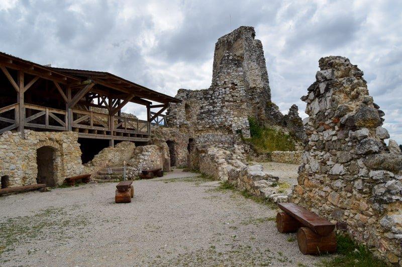 Čachticky_hrad_tip_na_vylet_po_slovensku